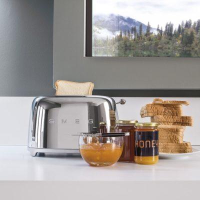 smeg-toaster-silber-chrom-massives-wohnen-schulte-luedenscheid