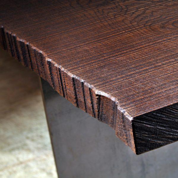Detail - Stamm Tisch in Asteiche Tabak geölt