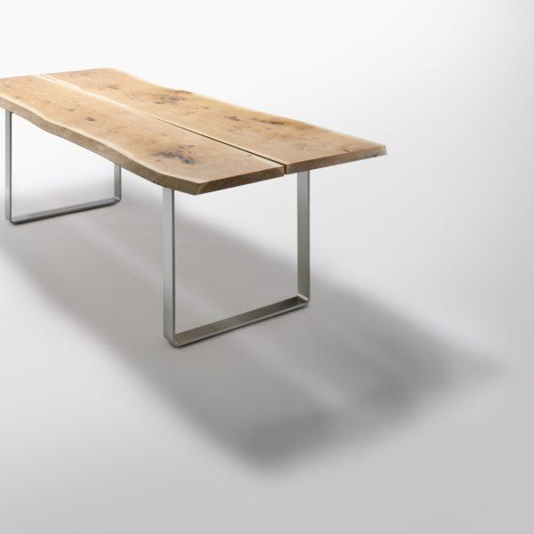 Stamm Tisch mit Metallkufen in Asteiche