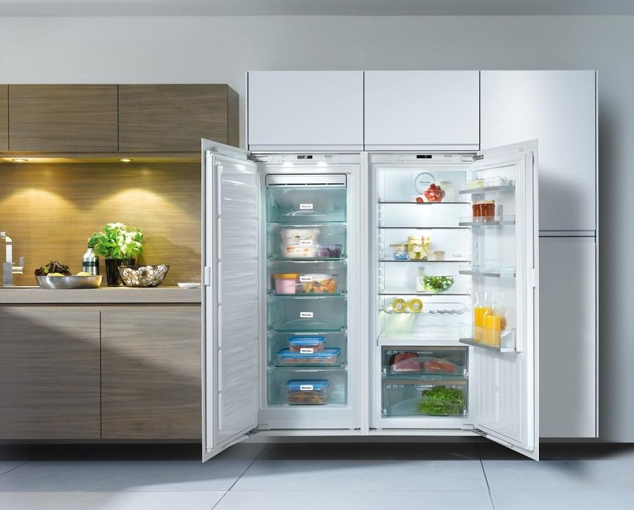 Smeg Kühlschrank Lebensdauer : Kühl gefrierschränke massives wohnen schulte