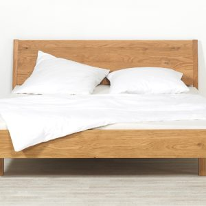 Schlafzimmer Lucca, Bett mit Kufe mit Fuessen in Eiche