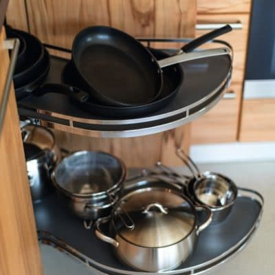 Küche Rondo mit Eckschrankauszug.